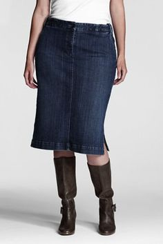 A super comfortable denim skirt.