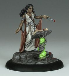 Necromancer with Tome - Reaper Miniatures : 03138