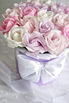 Только посмотрите на эту красоту😍 ⠀ Букет сделан на заказ💐⠀ Просьба была чтобы и не яркий, и не сильно нежный. Думаю, у меня получилось найти 'золотую середину'😊 Rose, Flowers, Plants, Pink, Florals, Roses, Planters, Flower, Blossoms
