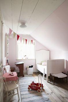 .Cute idea of kids room in the future.