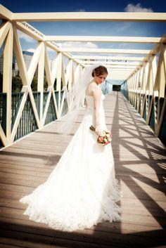 Beautiful Bride! #Minnesota #weddings http://www.bellagala.com/wedding-photography/about.html