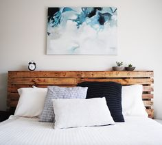 Our softly spoken 'Uneasy' hand painting hanging above this super cool bed head. Thanks to our lovely customer Alannah for the snap!  https://www.unitedartworks.net/artwork/hand-painted/paintings/uneasy-canvas-art