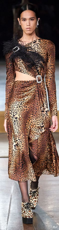 Fashion Brands, High Fashion, Fashion Show, Womens Fashion, Fashion Design, Animal Print Fashion, Animal Prints, Prabal Gurung, Glamour