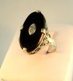 Antique 14kt White Gold Ring Black Onyx and Diamond Size 7   $200
