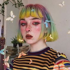 Butterfly BB looking ethereal in a pastel rainbow of our Citrine + Petal Pink + Beetle Green + Iris Purple Aesthetic Hair, Aesthetic Makeup, Hairstyles With Bangs, Pretty Hairstyles, Pixie Hairstyles, Short Haircuts, Hairstyle Ideas, Short Grunge Hair, Pelo Multicolor
