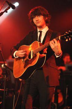 Alex Arctic Monkeys, Arctic Monkeys Lyrics, Alexa Chung, 5sos, Monkey 3, The Last Shadow Puppets, Damon Albarn, The Strokes, Alex Turner