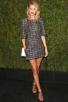 Rosie Huntington-Whiteley in Chanel - CHANEL AND CHARLES FINCH PRE-OSCAR DINNER 2015 - HarpersBAZAAR.com