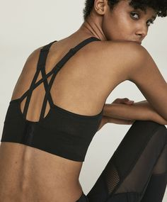 Cropped sports bra with stretch detail - 5 Yoga Mode, Active Outfit, Active Wear, Yoga Fashion, Gym Wear, Sport Wear, Aesthetic Fashion, Bra Tops, Sports Women