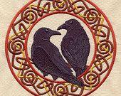 """Norse Ravens Huginn and Muninn"" embroidered bib by MorningTempest on Etsy Ravens are repeated symbol in Celtic and Norse mythos. Celtic Raven, Celtic Art, Hugin Munin Tattoo, Thor, Crow Art, Raven Art, Celtic Circle, Dark Wings, Urban Threads"