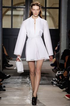 Spring 2013 Ready-to-Wear  Balenciaga.