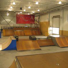 interior skatepark - Google Search Skate Park, Best Interior, Layout, Indoor, Bmx, Skateboarding, Silhouettes, Image, Surf