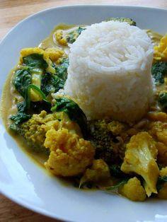 ...Soul Vood kocht & bloggt...: Blumenkohlcurry mit Broccoli & Spinat