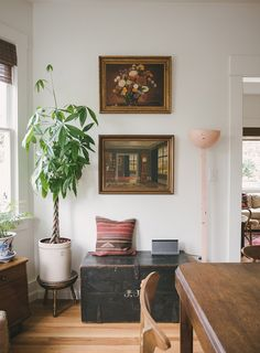 A Mid-Century Eclectic Seattle Abode — Mother Goose