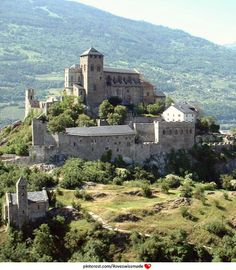 Chateau de Valère, Sion, Switzerland. Photo: Roger Narbonne on Panoramio. Cropped by iloveswissmade