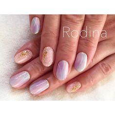 ✴︎・✴︎・✴︎・✴︎・✴︎ 極細ライン×VETRO フレーク すっかり春ですな♡ ・ #nail#nails#nailDesign#simplenails#vetro #marblenail#marblenails#love#lineart#art #instapic#instahappy#happynails#marble #happy#springnails#spring#極細ライン #Rodina#ロディーナ#春日井#春日井ネイル #シンプルネイル#春日井ネイルサロン #大人ネイル#マーブルネイル#ネイルデザイン