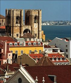 Lisbon - the old Cathedral over the roofs #Portugal