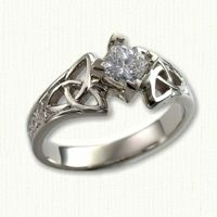 This is my Celtic engagement ring, only mine is yellow gold =)