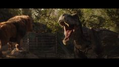 A shot of a Lion and Tyrannosaurus from Jurassic World Fallen Kingdom. Jurassic World Fallen Kingdom-Lion Tyrannosaurus Jurassic Movies, Jurassic Park Series, Jurassic Park 1993, Jurassic World Dinosaurs, Jurassic World Fallen Kingdom, Jurassic Park World, Saga, One Of Us, Jurrassic Park