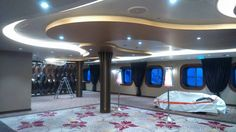 Diamond Lounge on the Anthem of the Seas.