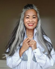 Gray Wig Lace Frontal Wigs no gray quick fix blonde – dianawigs Grey Hair Over 50, Long Gray Hair, Grey Wig, Silver Grey Hair, Asian Hair Going Grey, Curly Gray Hair, White Hair, Grey Hair Inspiration, Natural Hair Styles