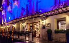 Not decided what to do at New Year's Eve yet? At the Baglioni Hotel Luna we'll be enjoying ourselves! We'll start with an aperitivo overlooking the Grand Canal, and there'll be live music and dancing including cotillions. Are you going to join us?  #BaglioniHotels #NewYearsEve #NewYears #festiveseason #venezia #venice #grancanal #celebration #joinus #2016
