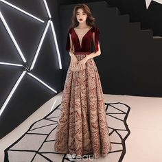 Sexy Burgundy Evening Dresses 2019 A-Line / Princess V-Neck Sleeveless Printing Flower Polyester Beading Sash Floor-Length / Long Ruffle Backless Formal Dresses Pretty Prom Dresses, Prom Dresses Long With Sleeves, Prom Party Dresses, Simple Dresses, Elegant Dresses, Beautiful Dresses, Formal Dresses, Burgundy Evening Dress, Evening Dresses