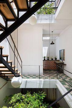 I don't like truth, ...EASTERN design office - Vegan House / Block Architects ...