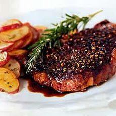 Rib-Eye Steak au Poivre with Balsamic Reduction / Romulo Yanes Rib Eye Recipes, Steak Recipes, Cooking Recipes, Balsamic Reduction Recipe, Boneless Ribs, Steak Au Poivre, How To Cook Steak, Beef Dishes, Easy Meals