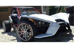 Bullet and Speed Design Polaris Slingshot