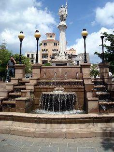 San Juan | Detalle de una Plaza en el Viejo San Juan