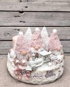 Pink Christmas, Winter Christmas, Handmade Christmas, Christmas Wreaths, Christmas Crafts, Christmas Ornaments, Christmas Centerpieces, Christmas Decorations, Candy Gift Baskets