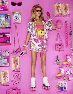 """cartier-mints: """"Rosie Huntington-Whiteley as Barbie by Giampaolo Sgura for Vogue Japan April 2015 (All Moschino) """" Barbie Box, Barbie Party, Pink Barbie, Rosie Huntington Whiteley, Barbie Stories, Style Outfits, Vogue Japan, Halloween Disfraces, Barbie World"""