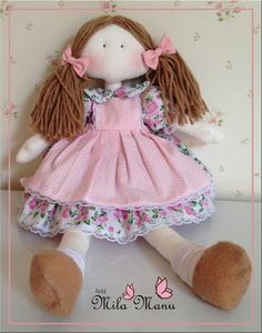 Vamos brincar de boneca? ~ Mila Manu Ateliê Cute Toys, Doll Patterns, Baby Dolls, Doll Clothes, Harajuku, Diy And Crafts, Projects To Try, Couture, Knitting