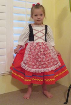 9492d63fb817 traditional italian clothing for girls - Google Search