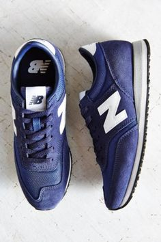 Shop New Balance 620 Capsule Running Sneaker at Urban Outfitters today. We carry all the latest styles, colors and brands for you to choose from right here.