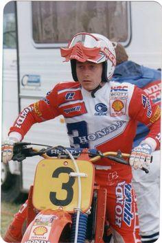 Eric Geboers (The Kid).  Wereldkampioen 125cc in 1982 en 1983. Wereldkampioen 250cc in 1987. Wereldkampioen 500cc in 1988 en 1990. Eerste motorcrosser ter wereld die in 3 verschillende klassen wereldkampioen werd.
