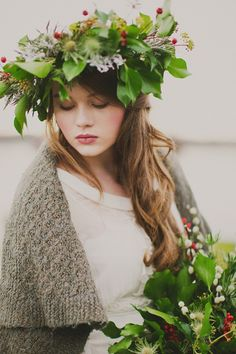 winter bride, headdress floral, image by Paula O'Hara