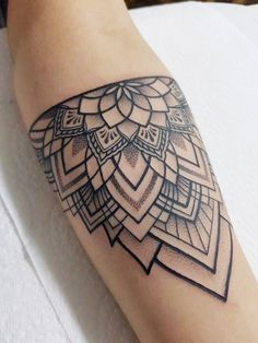Tattoo by Tattoo by greg – Ashley Dodson Related posts: dotwork tattoo mandala – Mandala Tattoo Männer Unterarm Motive Dotwork Lovin my new tattoo! ❤️ by Corin … Realistic fox tattoo with plants in dotwork style Tattoo Femeninos, Tatoo Henna, Wrist Tattoos, Tattoo Fonts, Piercing Tattoo, Arm Band Tattoo, Body Art Tattoos, New Tattoos, Small Tattoos