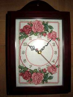 Cross Stitch Flowers, Cross Stitch Patterns, Pictures To Paint, Painting Pictures, Antique Roses, Stitch 2, Canvas Crafts, Clocks, Embroidery