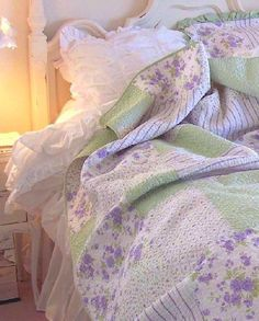 green sea glass paisley flowers shabby cottage beach chic twin quilt set a little purple. Beach House Linens for Shabby Chic Romantic Homesa little purple. Beach House Linens for Shabby Chic Romantic Homes Cottage Shabby Chic, Romantic Cottage, Shabby Chic Bedrooms, Shabby Chic Homes, Shabby Chic Furniture, Shabby Chic Decor, Romantic Homes, Shabby Style, Romantic Bedrooms