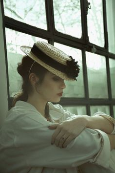 Boater Hat, Fedora Hat, Love Hat, Retro, Female Characters, Shades Of Green, Character Inspiration, The Dreamers, The Past