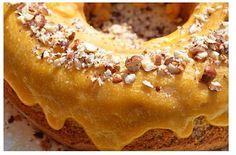 Bolo de avelãs com creme de ovo - http://www.sobremesasdeportugal.pt/bolo-de-avelas-com-creme-de-ovo/