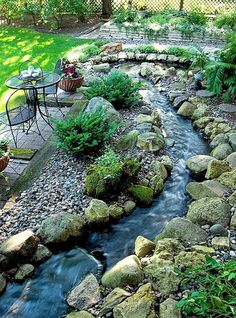We& put together a list of cheap landscaping ideas that aren& just . - Gardening 2019 We have compiled a list of cheap landscaping ideas that not only . Cheap Landscaping Ideas, Small Backyard Landscaping, Ponds Backyard, Landscaping With Rocks, Backyard Ideas, Landscaping Design, Backyard Stream, Desert Backyard, Sloped Backyard