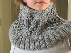 Ravelry: Etched Pewter cowl pattern by Lara Sue free pattern