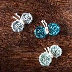 まだ、未完だけど、  これは、ちょうちょのブローチになる予定です。  超シンプルなデニムチュニックに 何かワンポイントが欲しくてね。  春らしくていいかも〜❤︎ #かぎ針編み #レース糸 #ちょうちょ #crochet