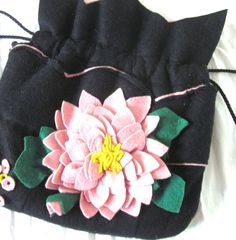 Vintage 1940s Purse  :  Pink and Black Felt Appliqué Drawstring Bag (similar to the one I have from Marge)