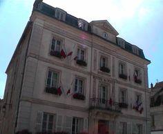 Hôtel de Ville à Provins - 2002