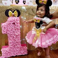 Minnie Mouse birthday outfit, Custom Minnie Mouse tutu Personalized tutu Set, pink and gold Minnie birthday outfit Disney Shirt Minnie Mouse Birthday Outfit, 1st Birthday Tutu, Gold First Birthday, 1st Birthday Outfits, Pink Birthday, Minnie Mouse Rosa, Pink Minnie, Tutu Outfits, Pink Tulle