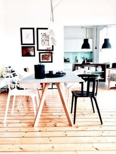 The most popular living ideas of the week – ideas - Esszimmer Dining Area, Dining Table, New Years Eve Party, Most Popular, Breakfast Nook, Hygge, Office Desk, Building A House, Live