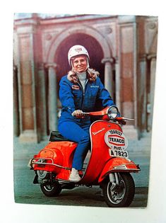 My blog about Vespa and Lambretta and other wonderful scooters. Some of the content from Italy.